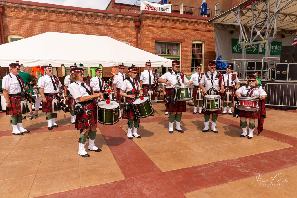 Fire Pipe and Drums - Irish Hooley